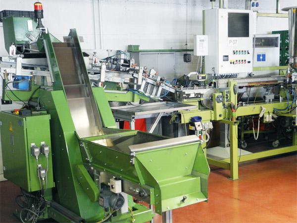 Produktionsbereich vollautomatische Polyamidbeschichtung